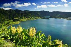 Um cantinho no paraíso... na Lagoa das Sete Cidades, São Miguel, Açores.