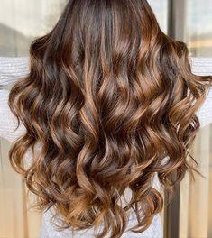 13 Glowing Golden Brown Hair Ideas & Formulas | Wella Professionals Sandy Brown Hair, Light Golden Brown Hair, Sandy Blonde Hair, Natural Brown Hair, Chestnut Brown Hair, Brown Hair With Highlights, Brown Hair Colors, Cinnamon Hair Colors, Brown Hair Images