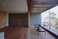 T-Square Design Associates の モダンな リビングルーム gravillusion