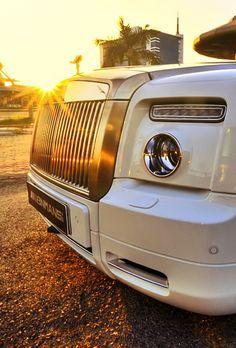 Beautiful Rolls Royce LL