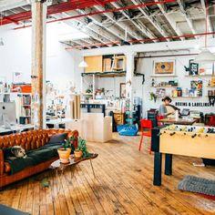 [Actu] Studio tour: the boxing & labeling department at the pencil factory - Design sponge @designsponge