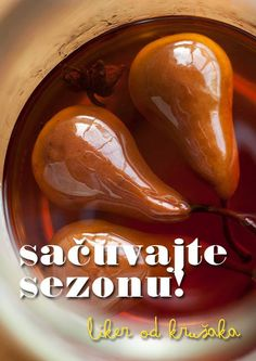 Sačuvajte sezonu u aromatičnom likeru od Viljamovki!  http://mezze.rs/septembar-2014/ str. 68-70.