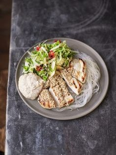 Sesame butterflied chicken with asian slaw & rice noodles (Jamie Oliver) Healthy Nutrition, Healthy Eating, Healthy Lunches, Healthy Dinners, Butterflied Chicken, Asian Slaw, Veggie Noodles, Rice Noodles, Sesame Chicken