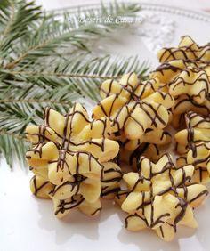 fursecuri spritate reteta Dessert Recipes, Desserts, Christmas Baking, Biscuits, Sweets, Cookies, Cake, Health, Food