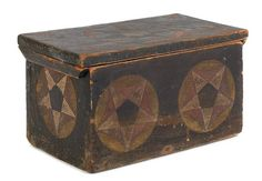 New England painted pine sailor's storage box, c~♥~