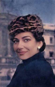 Callas Maria Callas, Classical Opera, Classical Music, Sound Of Music, Good Music, Jacqueline De Ribes, Divas, Ali Mcgraw, Diahann Carroll