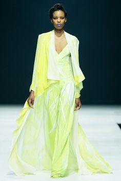 David Tlale South African Fashion, African Fashion Designers, Big Fashion, Print Design, David, Saree, African Prints, Coat, Outfits