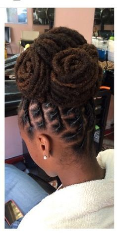 Super Wedding Hairstyles For Long Hair Curly Extensions Big Curls Ideas Dreadlock Styles, Dreads Styles, Curly Hair Styles, Natural Hair Styles, Short Dread Styles, Afro Punk, Loc Updo, Wedding Hairstyles For Long Hair, Black Hairstyles