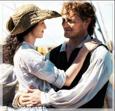 Exactly where they belong, TOGETHER!! ♥️♥️♥️ - Jamie and Claire of Outlander_Starz Season 3 Voyager - November 7th, 2017