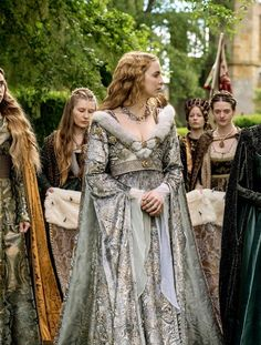 Jodie Comer as Elizabeth of York in The White Princess (TV Series, 2017)
