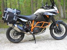 Mosko Moto mounted on Hepko Becker Lock It racks Ktm Adventure, Off Road Adventure, Bike Saddle Bags, Rallye Raid, Dual Sport, Bike Accessories, Offroad, Vehicles, Motorcycles
