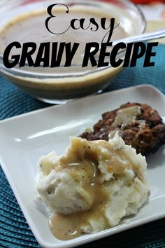 Looking for a recipe for gravy? I will show you how to make it 3 ways, With drippings, without drippings and a creamy gravy. (the best gravy recipe is with drippings!) This is a super easy gravy recip Best Gravy Recipe, Pork Gravy Recipe, Easy Gravy Recipe Without Drippings, Cream Of Chicken Gravy Recipe, Beef Dripping, Beef Gravy, Sausage Gravy, Thanksgiving Recipes, Thanksgiving 2017