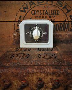 Vintage porcelain stove top kitchen timer. Light blue color by Misinterpreted on etsy