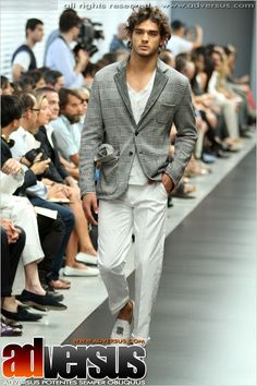 Summer 2012 Ermanno Scervino.  http://vincentcolella.tumblr.com/post/23084943098/summer-2012-ermanno-scervino