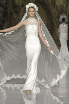 Os presentamos parte de la increible colección de vestidos de novia 2014 de la firma Pronovias.