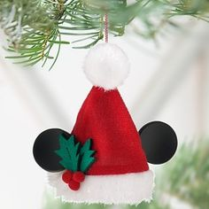 Disney 2011 santa mickey mouse ear hat ornament new Disney Christmas Crafts, Mickey Mouse Christmas Tree, Mickey Mouse Ornaments, Mickey Mouse Crafts, Disney Christmas Decorations, Christmas Ornaments To Make, Disney Crafts, Felt Christmas, Felt Ornaments