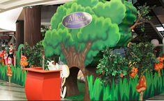 A partir desta terça-feira (12), o Buriti Shopping oferece às crianças o Parque Temático Alice  no País das Maravilhas e Peter Pan, um circuito de atividades inspirado nos personagens da Disney e seus mundos. No shopping, a roda gigante continuará funcionando em janeiro, assim como a cama-elástica Pula-Pula Florestinha. Até o dia 31 de janeiro, o Circo Khronos continua instalado no estacionamento da Avenida Rio Verde.  Acesse o site www.arrozdefyesta.net e saiba mais informações.