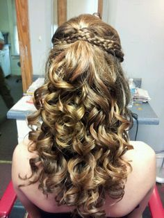 hairstyles for banquet | Hairstyles for homecoming banquet