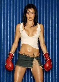 Lauren Sugihara, Muay Thai Fighter