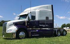 Peterbilt 379, Peterbilt Trucks, Customised Trucks, Custom Trucks, Big Rig Trucks, Semi Trucks, Kempo Karate, Muscle Truck, Hot Black Women