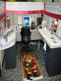 Explore the Most Beautiful Office Decoration Ideas for Christmas at The Architecture Design. Visit for more ideas about Christmas Decoration for Office. Christmas Cubicle Decorations, Christmas Tree Themes, Office Decorations, Cute Cubicle, Office Cube, Wonderland, Cubicle Makeover, Simple Christmas, Merry Christmas