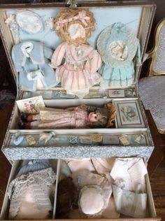 Doll trunk