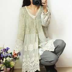 Picture end result for upcycle cardigan lace - Refashion Diy Fashion, Ideias Fashion, Womens Fashion, Fall Fashion, Fashion Tips, Beautiful Outfits, Cool Outfits, Estilo Hippie, Altered Couture