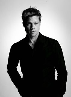 Brad Pitt by Nigel Parry- as Rusty Ryan in Oceans 11 - he can hold his own with George Clooney any day Brad Pitt, Gorgeous Men, Beautiful People, Beautiful Boys, Hot Men, Sexy Men, Brad And Angelina, Angelina Jolie, Portrait Studio