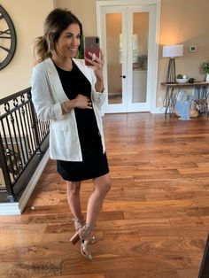 Back to School Clothing Round-Up Maternity Work Clothes, Fall Maternity Outfits, Stylish Maternity, Maternity Wear, Maternity Fashion, Maternity Styles, Pregnancy Wardrobe, Pregnancy Outfits, Pregnancy Fashion