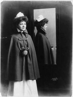 The first nurse uniforms were designed based on nun habits.   –UK, 1900 -- 65 Photos of Vintage Nurses—Nurses Through the Centuries #nursebuff #nurse #vintage