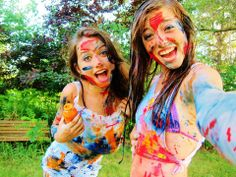 When you have PaINt wArS <3 With your best friend <3