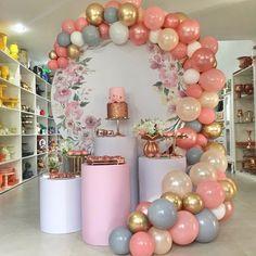 40th Birthday Decorations, Girl Baby Shower Decorations, Balloon Decorations Party, Balloon Garland, 14th Birthday, First Birthday Parties, Birthday Party Themes, First Birthdays, Baby Shower Balloons