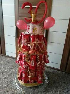 30.Geburtstag 1 Captain Morgan Flasche 35 Dosen Cola 1 Tüte mini Kikat