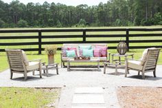 Add Eclectic Decor Pieces To Your Outdoor Spaces: Simple Nature Decor