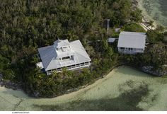 Island Cottage right on the water, Marsh Harbour, Central Abaco, Bahamas