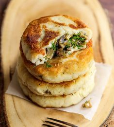 Mushroom recipes are enjoyable and scrumptious! Check out some of our favourite recipes below and enjoy! Potato Recipes, Veggie Recipes, Cake Recipes, Cooking Recipes, Keto Recipes, Healthy Recipes, Mushroom Cream Sauces, Mushroom Recipes, Mushroom Meals