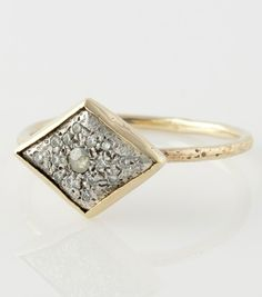 Catbird::shop by category::JEWELRY::Rings::Lunar Landing Ring