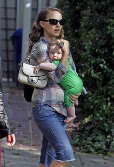 Mãe de primeira viagem, Natalie Portman fala sobre maternidade: 'Uma experiência totalmente diferente'