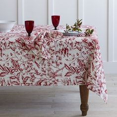 Holiday Toile Tablecloth Williams Sonoma