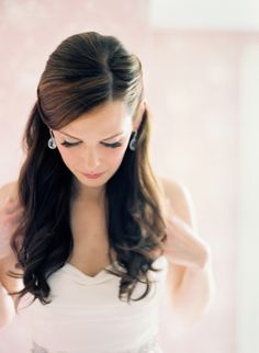 Rachel and Justin Montana Wedding. I love her hair! Simple, Elegant and Classy.