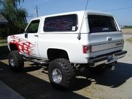 """My very first truck . . . 1975 Chevy K-5 Blazer with 35"""" tires, 6"""" body lift and a 4"""" suspension lift !!"""