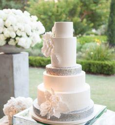 Deco a côté du gâteau des maries
