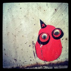 Tiny #streetart #sticker #wise #magician #owl #wizard with #largeeyes  #katutaidetta #pöö #pöllövelho