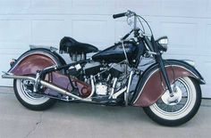'48 Indian. Love the fender skirts.