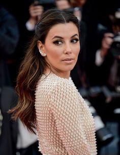 La demi queue d'Eva Longoria au Festival de Cannes 2016