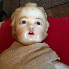 Rare et très grand enfant en cire, JESUS de crèche fin XVIII Debut XIX .longueur : 50 centimètres