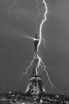 Science Discover Amazing Photo of the Eiffel Tower being struck by lightning! One of my favs of La Tour Eiffel All Nature Amazing Nature Science Nature Pretty Pictures Cool Photos Belle Villa Lightning Strikes Lightning Rod Lightning Storms Pretty Pictures, Cool Photos, Lightning Strikes, Lightning Rod, Lightning Storms, Lightning Photos, Paris Eiffel Tower, Eiffel Towers, Natural Phenomena