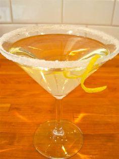 Moscatini (Seven Daughters Moscato, vodka, lemon twist)