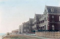 The Grand Hotel opened on August 16, 1873 (Meiji 6) and was soon considered the height of Western culture and elegance in Japan. It was located on the Bund and overlooked Yokohama Harbor.