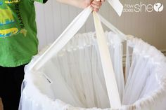 diy cuarto A Dreamy Canopy Tent . this is the best and easiest tutorial I have seen. could do the white curtains or use fun patterned curtains to change it up. Tenda Grande, My New Room, My Room, Kids Tents, Curtain Patterns, Diy Décoration, Little Girl Rooms, Girls Bedroom, Bedrooms